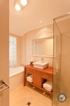 duncraig-bathroom-2011-02-28-2